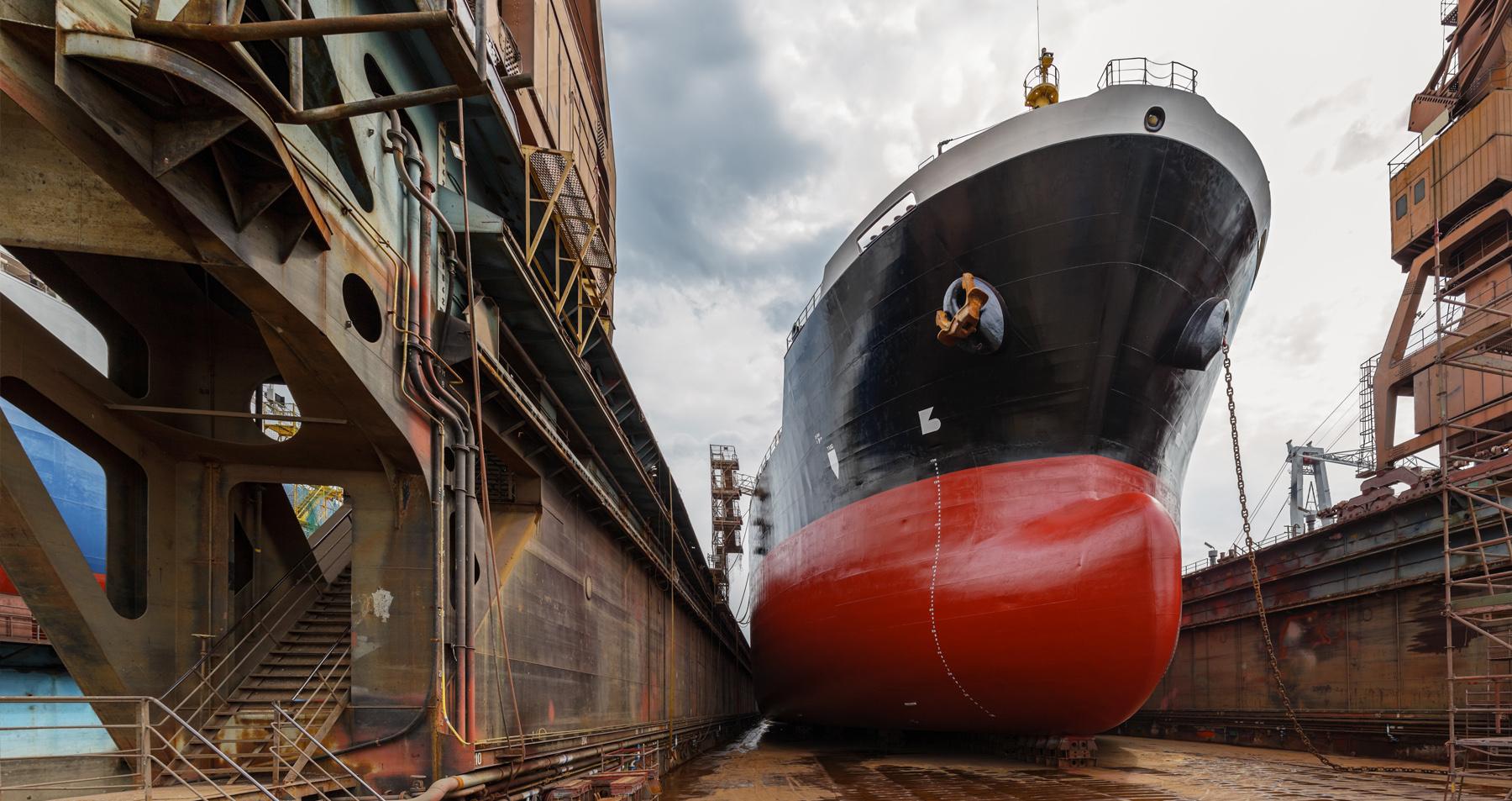 Servizi per industria e cantieristica navale.